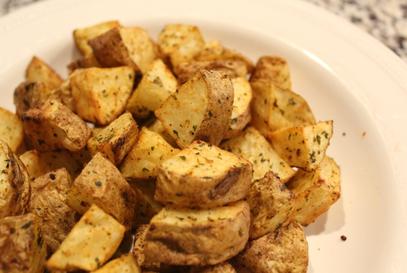 Healthy roasted potatoes made with russet potatoes